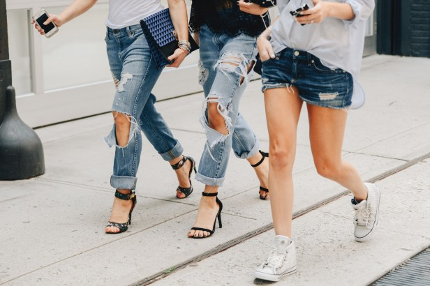 SS15_NewYork_Womens_Style_Selects_ripped_jeans