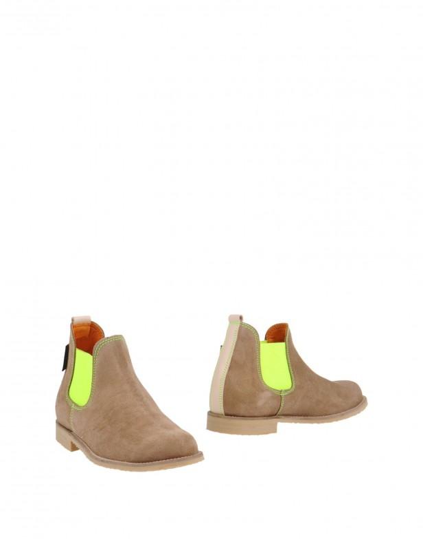 chelsea_boots_neon