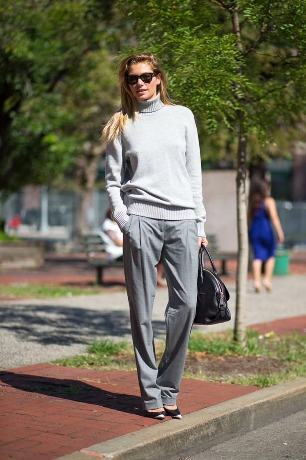 grey_pants