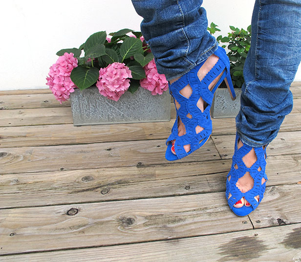 kornbla_klackar_blue_heels