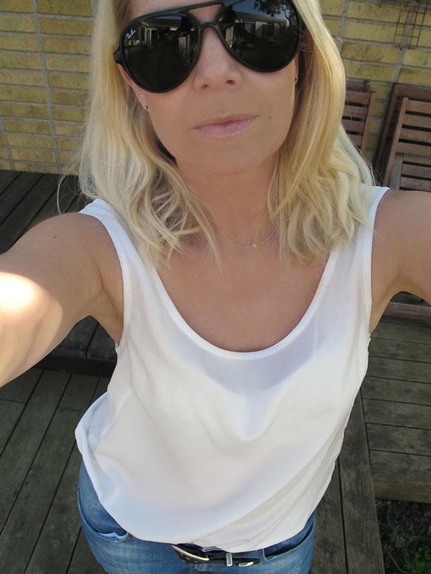 moxy_silk_top_jasmeen_ray-ban_cats5000_sunglasses