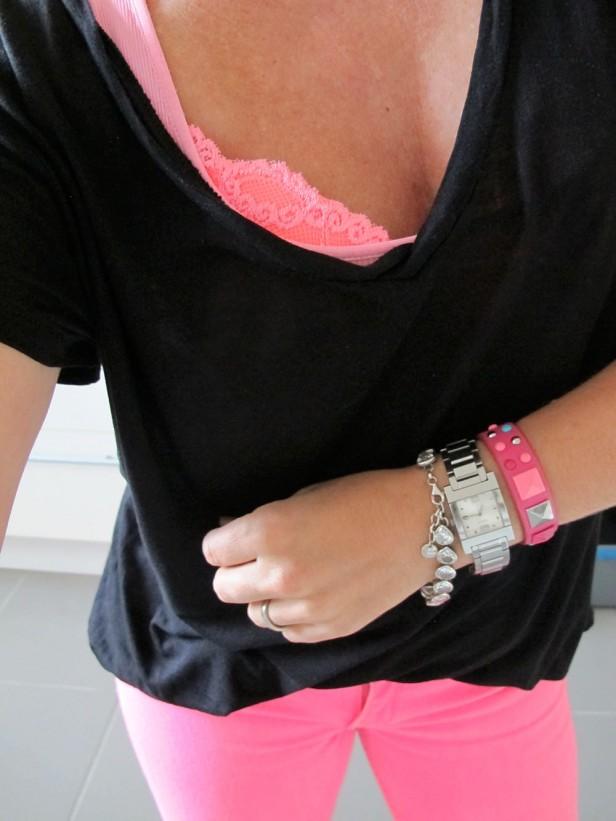 neon_jeans_bra_bh_black_tee_bracelets_watch
