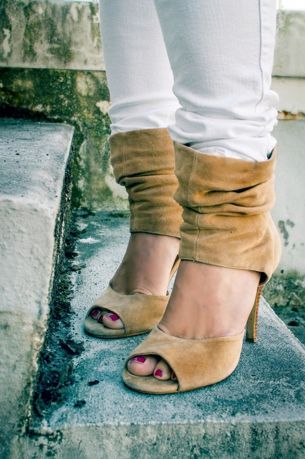 suede_booties-side