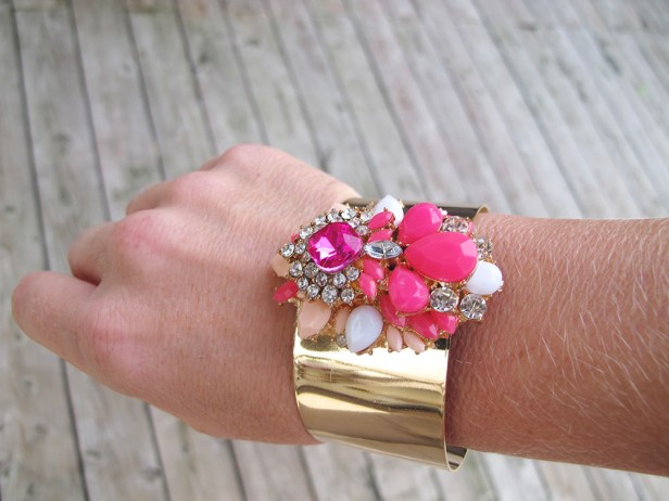 tiffanys_darlings_webshop_bracelet_candy_gold_cuff_with_stones_pink