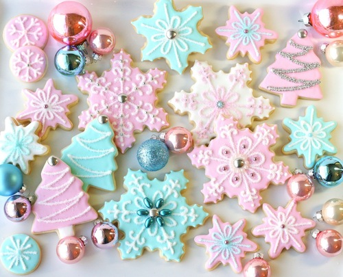 Pretty_Snowflake_Cookies_s_large-whi