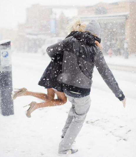 caputcauda-snow-heels