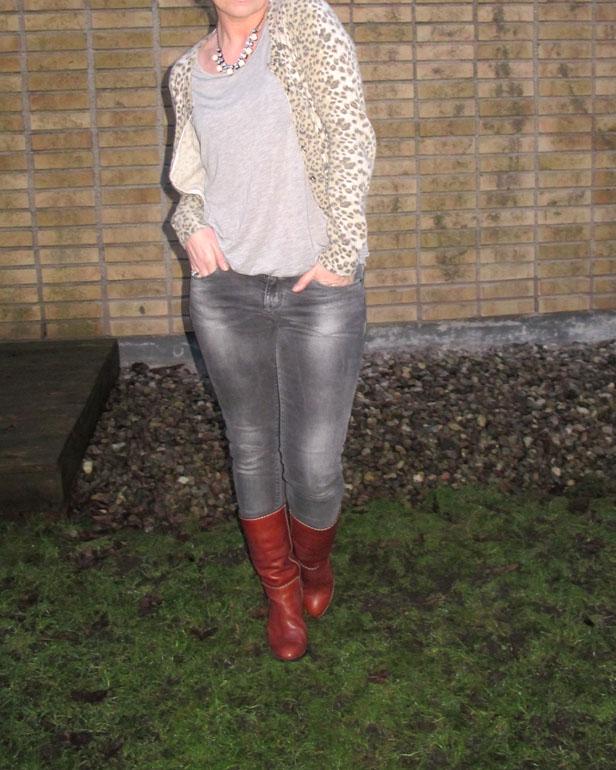 leopard_kofta_zara_jeans_chloe-stovlar