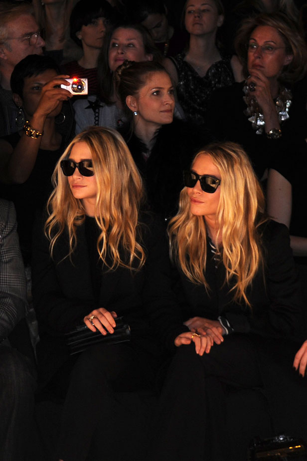 olsen-sisters-frontrow
