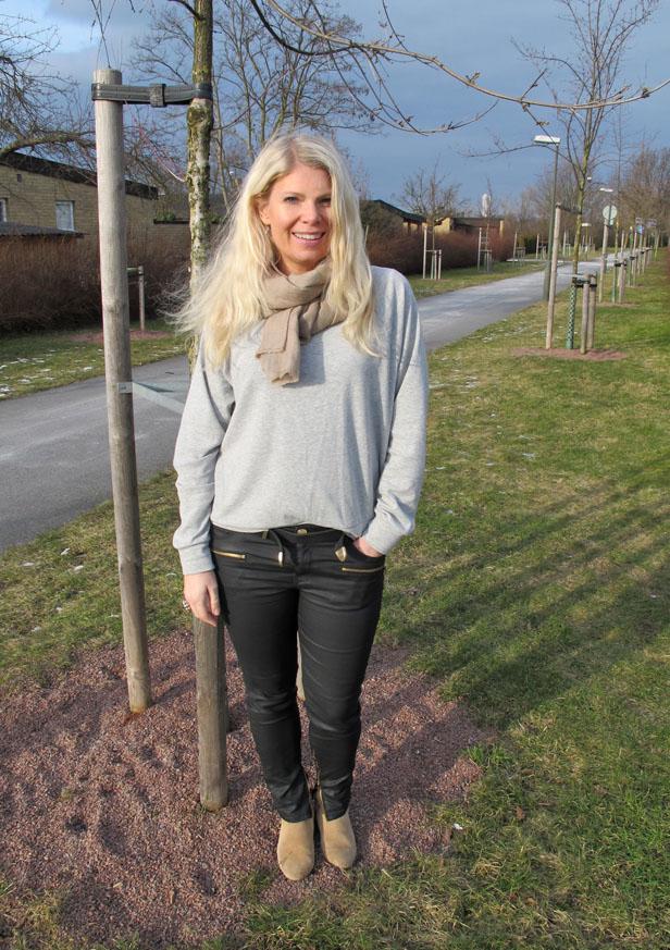 sweatshirt_gina_tricot_vaxade_jeans_zara