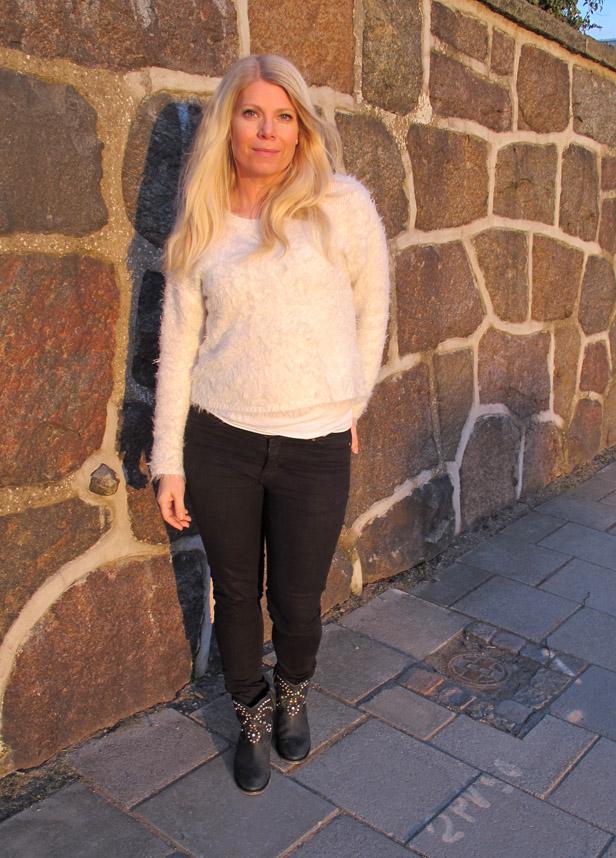jeans_zara_troja_gina_tricot_boots_isabel_marant
