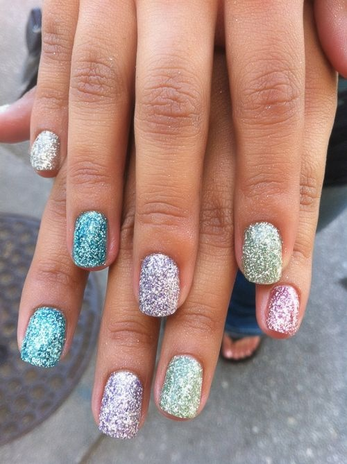 sparkly_easter_nails