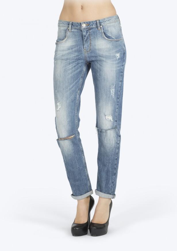 bikbok-boyfriend-jeans