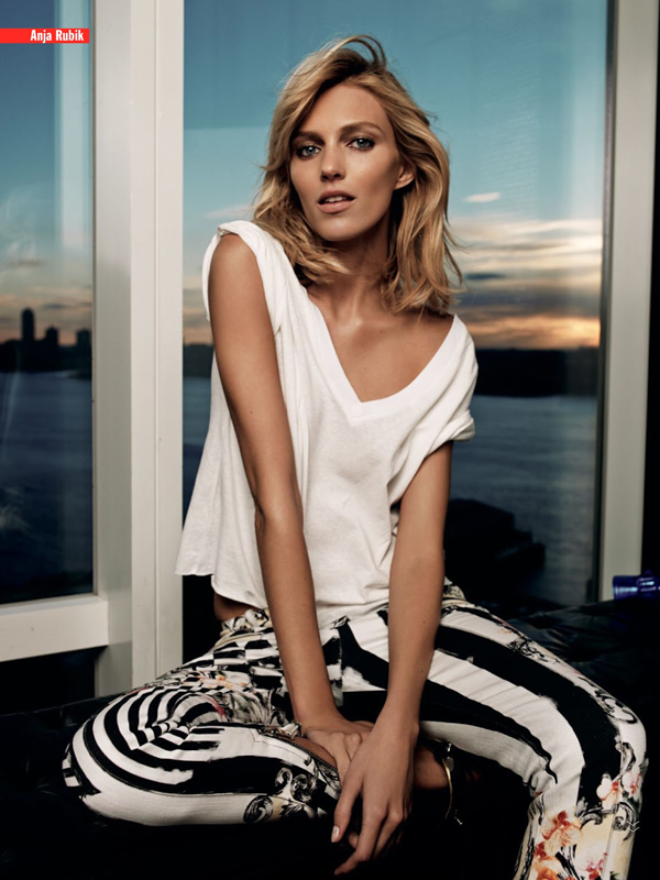 la-modella-mafia-Anja-Rubik-x-Viva-March-2013-photographed-by-Victor-Demarchelier-4