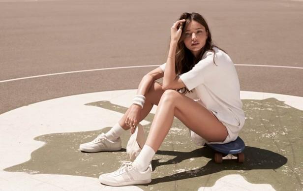 Miranda-Kerr-Vogue-Korea-2