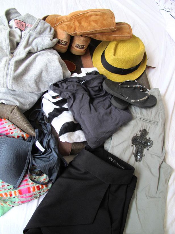 packning_juicy_couture_calvin_klein_ugg_australia_moxy_copenhagen_zara_mulberry_weekender_bag