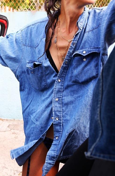 jeans-shirt-tahu