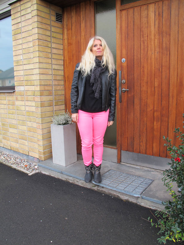 neon_pink_jeans