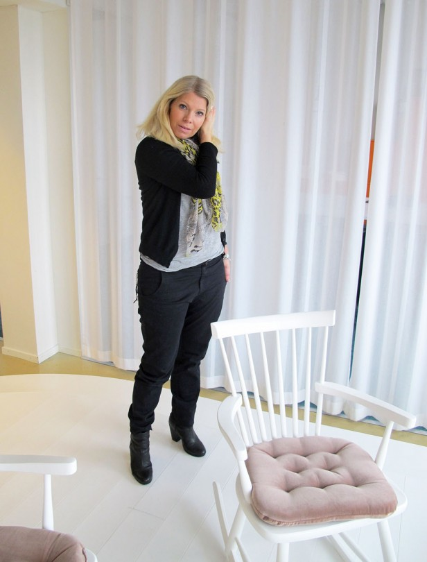 grey_black_outfit_rag_and_bone_newbury_boots