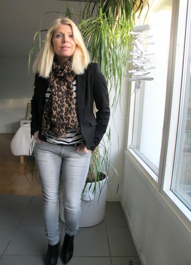 jeans_zara_cashmere_scarf_louis_vuitton