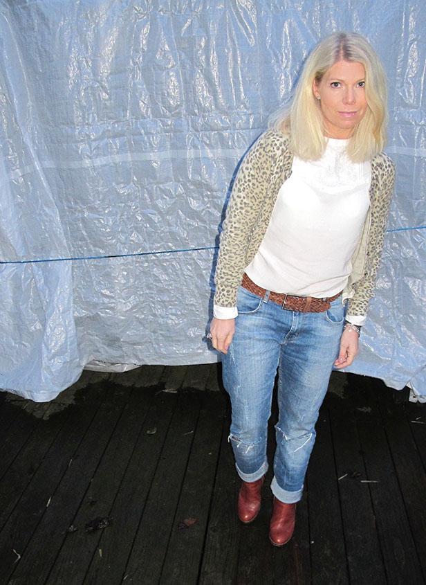 leopard_cardigan_boyfriend_jeans_chloe_brown_boots