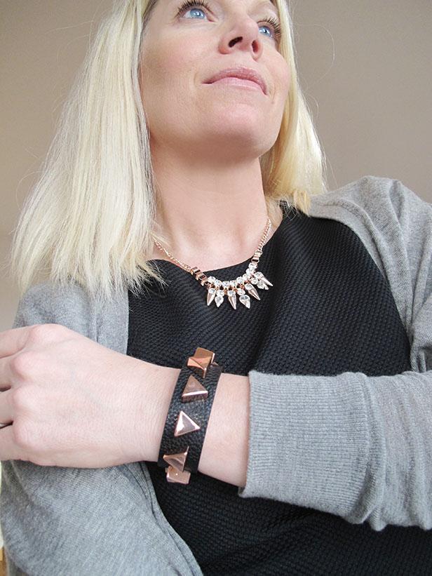 necklace_bracelet