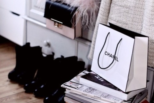 inspiration, interior design, chanel bag, furry jacket, black boots, tweed jacket