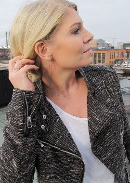 band of jules jewelry online, earrings from stine a, ring from vera vega
