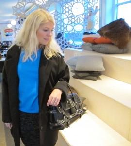 luella_gisele_bag_oversize_coat