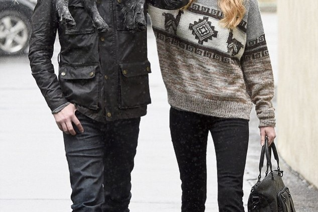 Kate Bosworth in Isabel Marant Etoile Remington sweater with boyfriend and dog