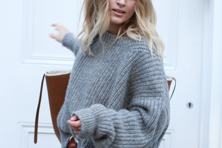 Grey knit Mija