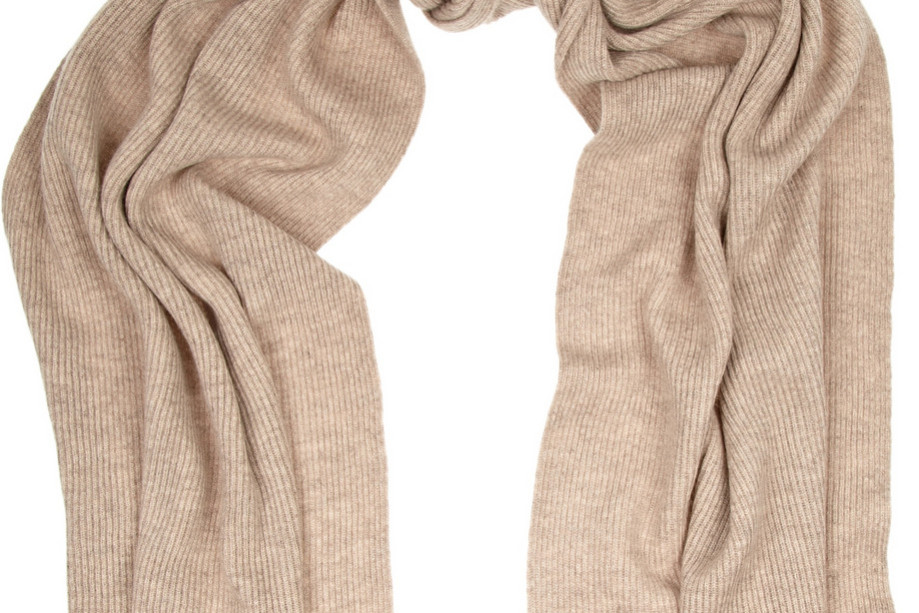Beige ribbed cashmere scarf from N Peal Cashmere