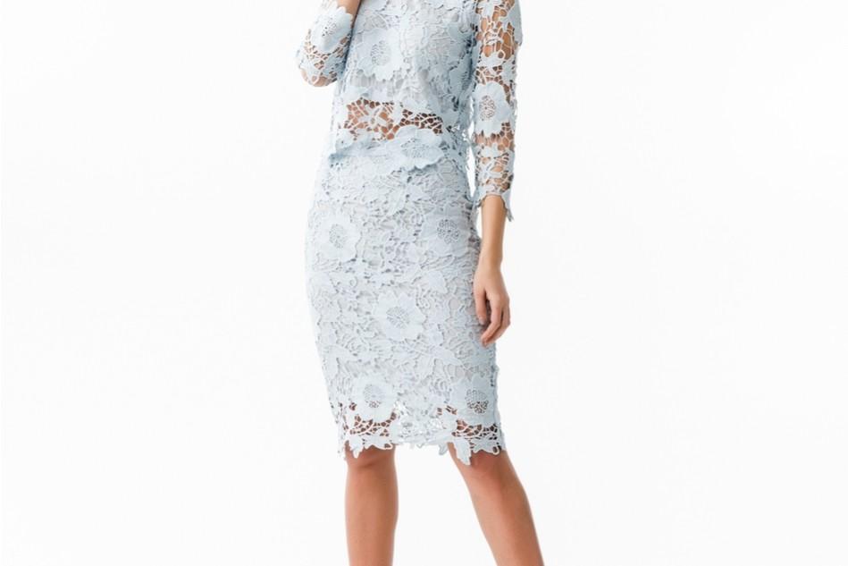 Spetstopp och kjol i ljusblått från Gina Tricot