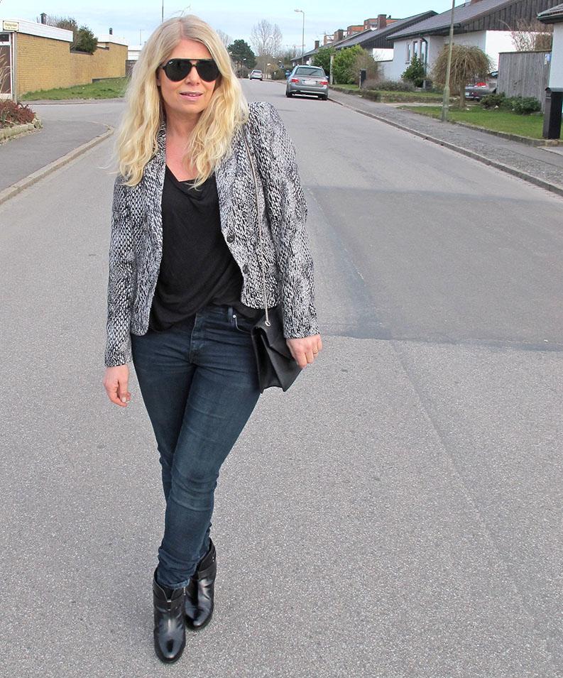 High_waisted_jeans_denim_hunter_jacket - Soulcityguide