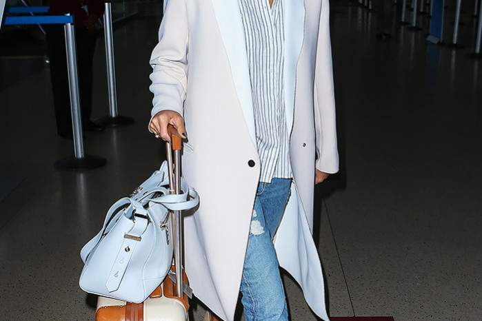 Jessica Alba in two-toned coat and Kenzo bag
