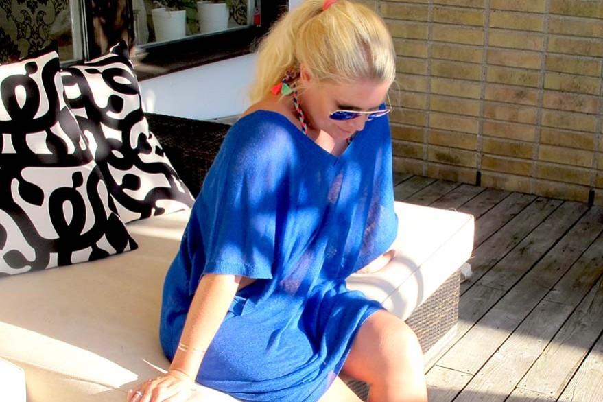 Blå bikini kaftan rayban solglasögon