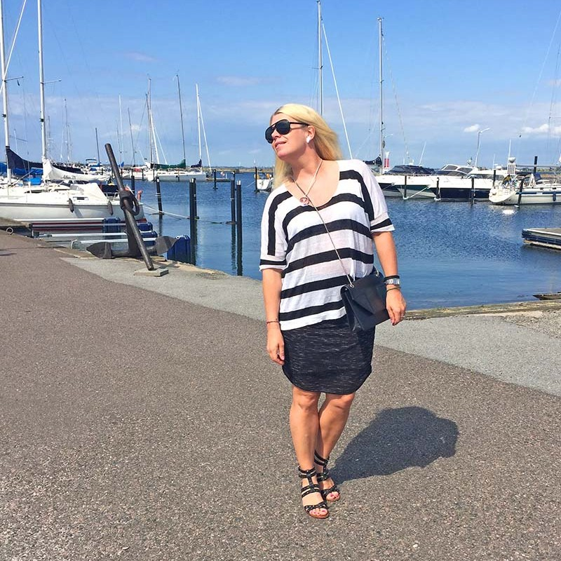 striped linen top black and white