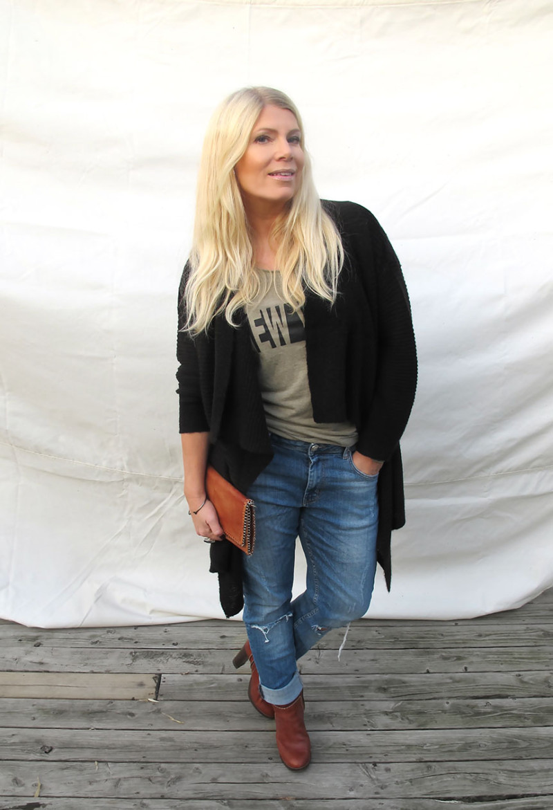 bruna boots brun skinnväska boyfriend jeans denim hunter t-shirt
