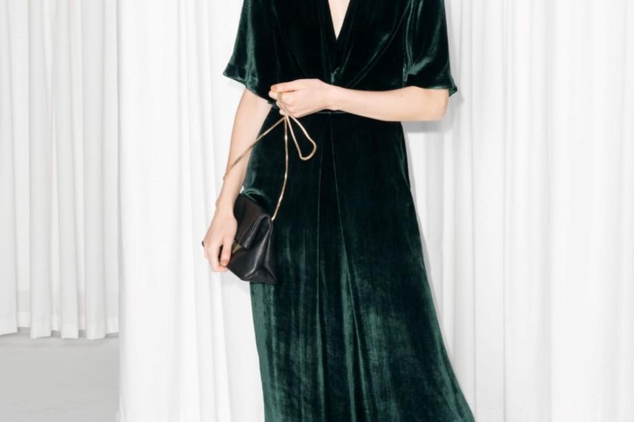 lång klänning i sammet till julafton